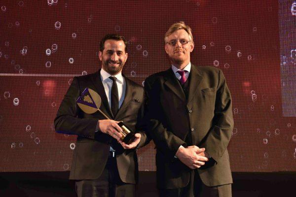 António Maçanita estava visivelmente feliz por receber o prémio de Singularidade. Entregou Ralf Schmidt, da Schmidt Stosberg.