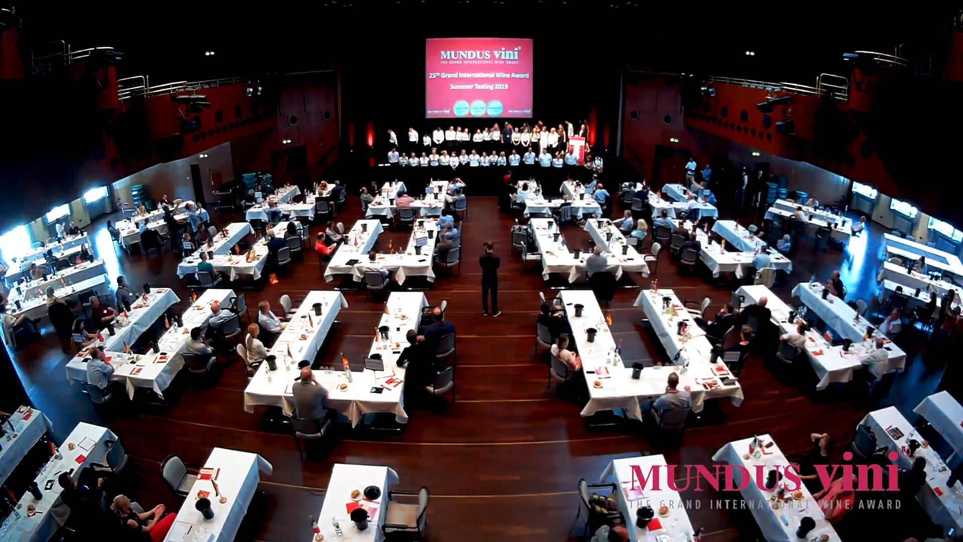 sala do concurso Mundus Vini Summer 2019