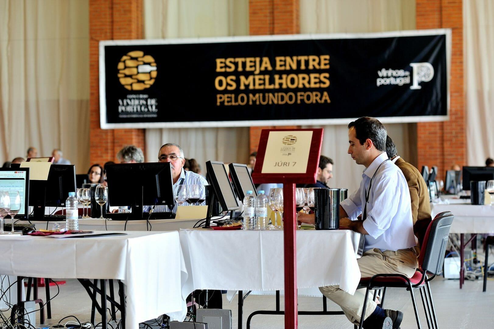 Concurso Vinhos de Portugal 2021 júri