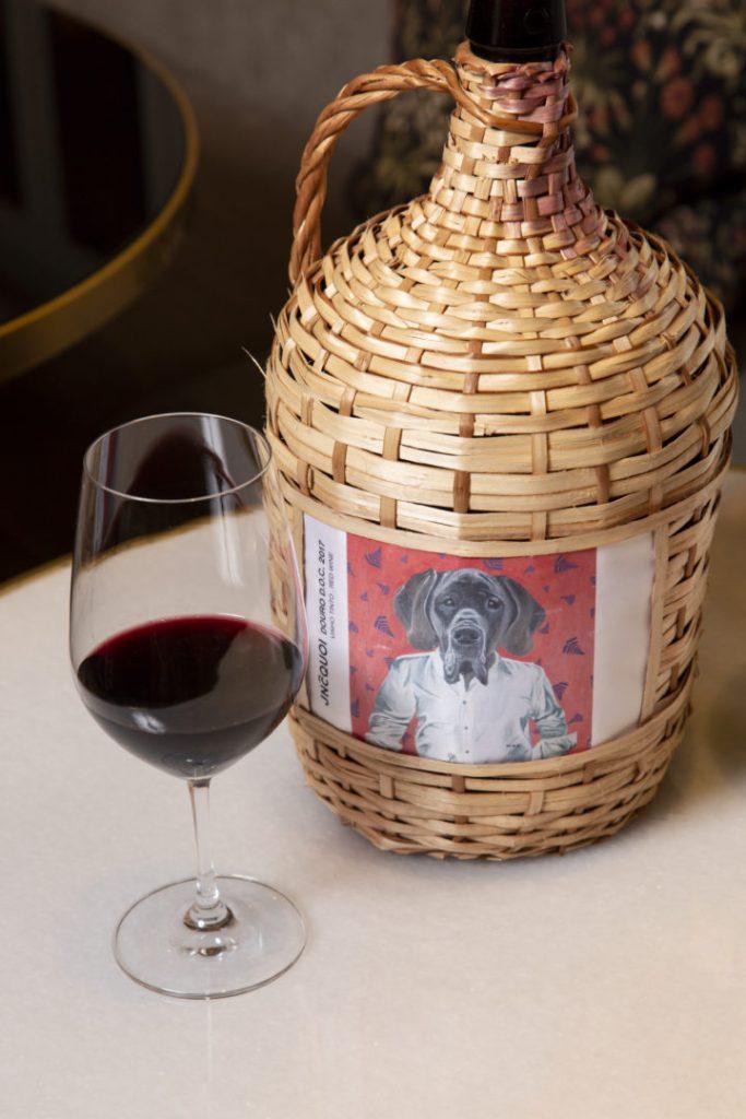 JNcQUOI vinho